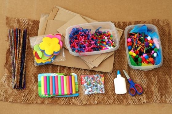 הדרכה להכנת תיבת יצירה  diy Creativity Box